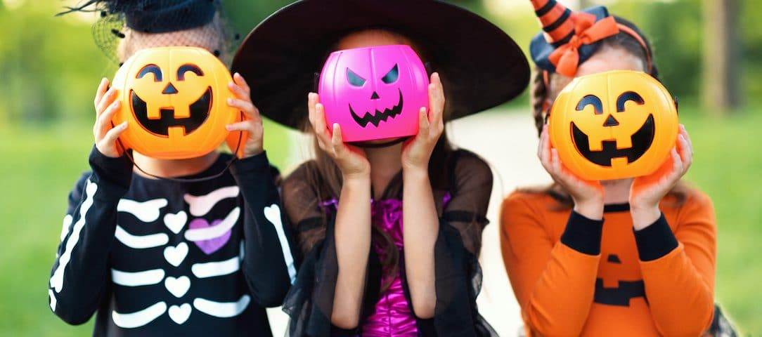 how-to-protect-your-childs-teeth-this-halloween